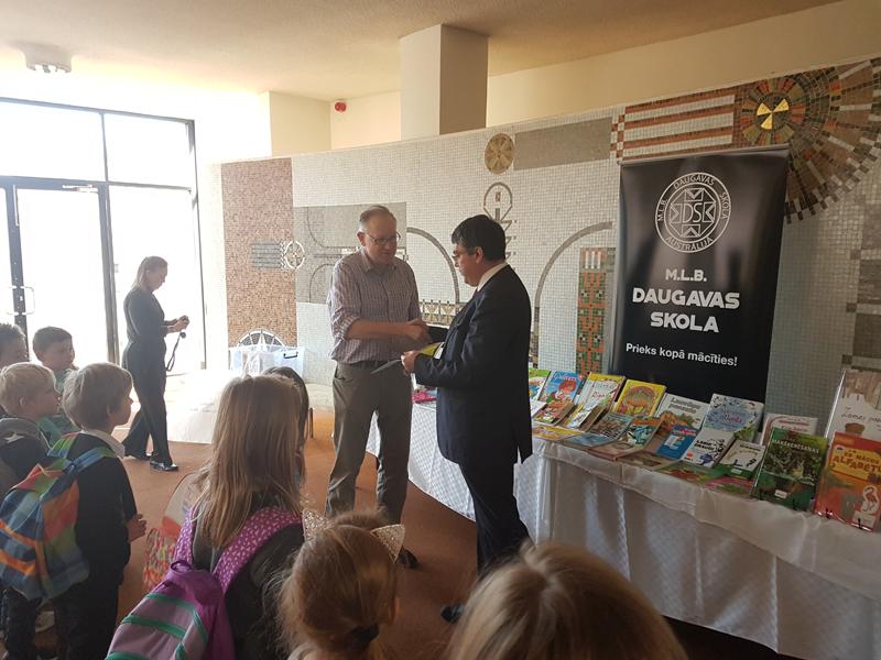 visiting the Daugavas Latvian School in Melbourne